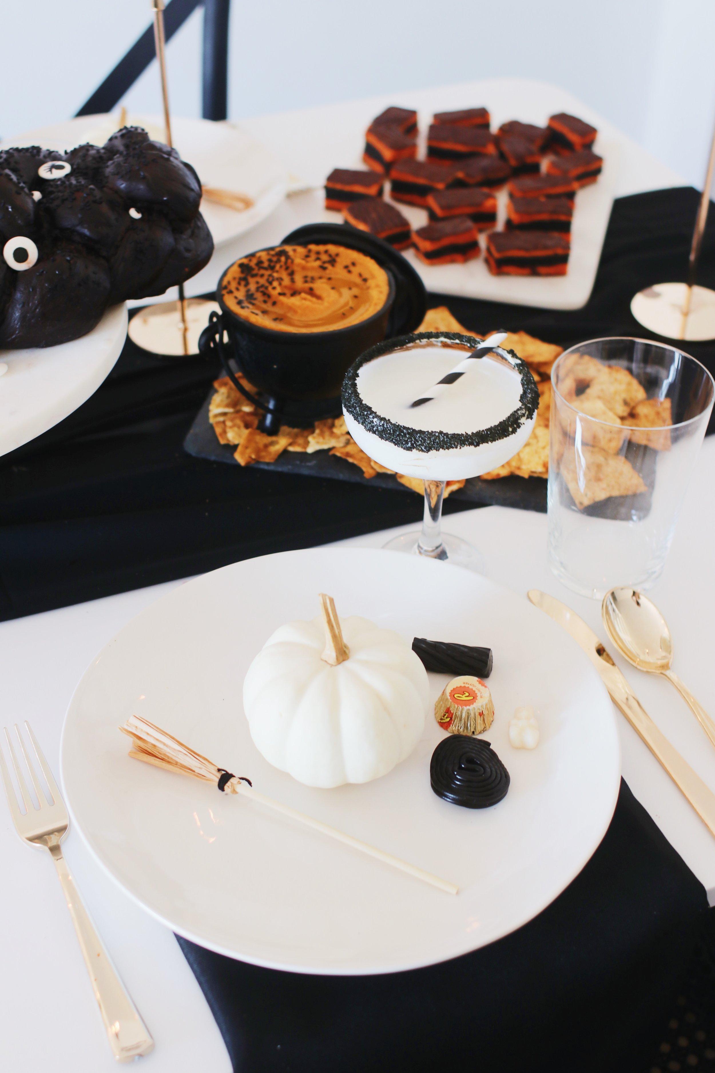 halloween-shabbat-ideas-recipes-tablescape-6.JPG