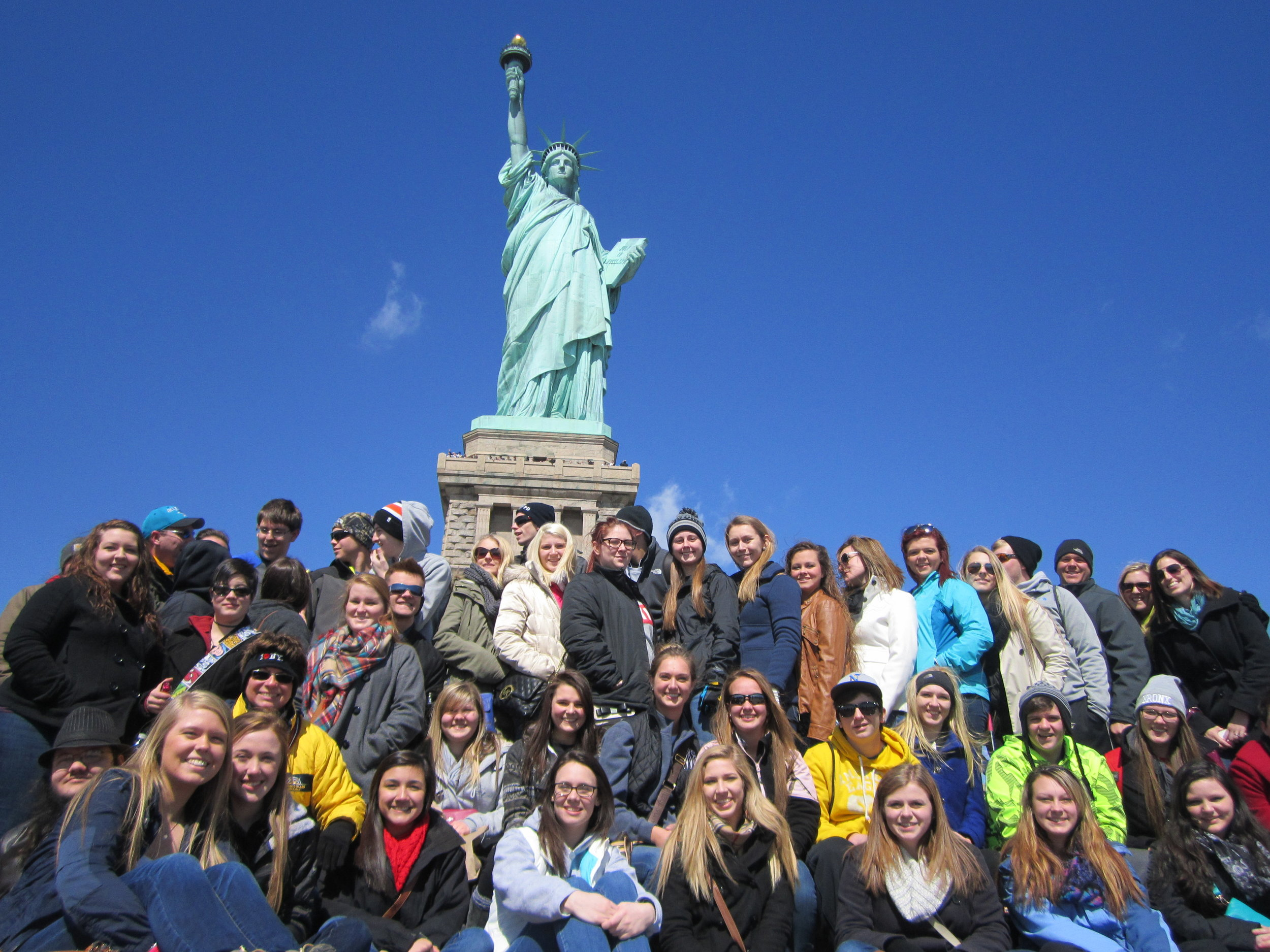 Student Tours - Croswell offers a wide range of tours that will be a hit with your class. From Washington DC to Chicago, you will be in safe hands. Find out more➝