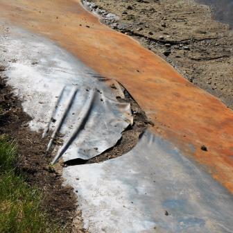AquaBlok can repair leaking or torn synthetic liners.
