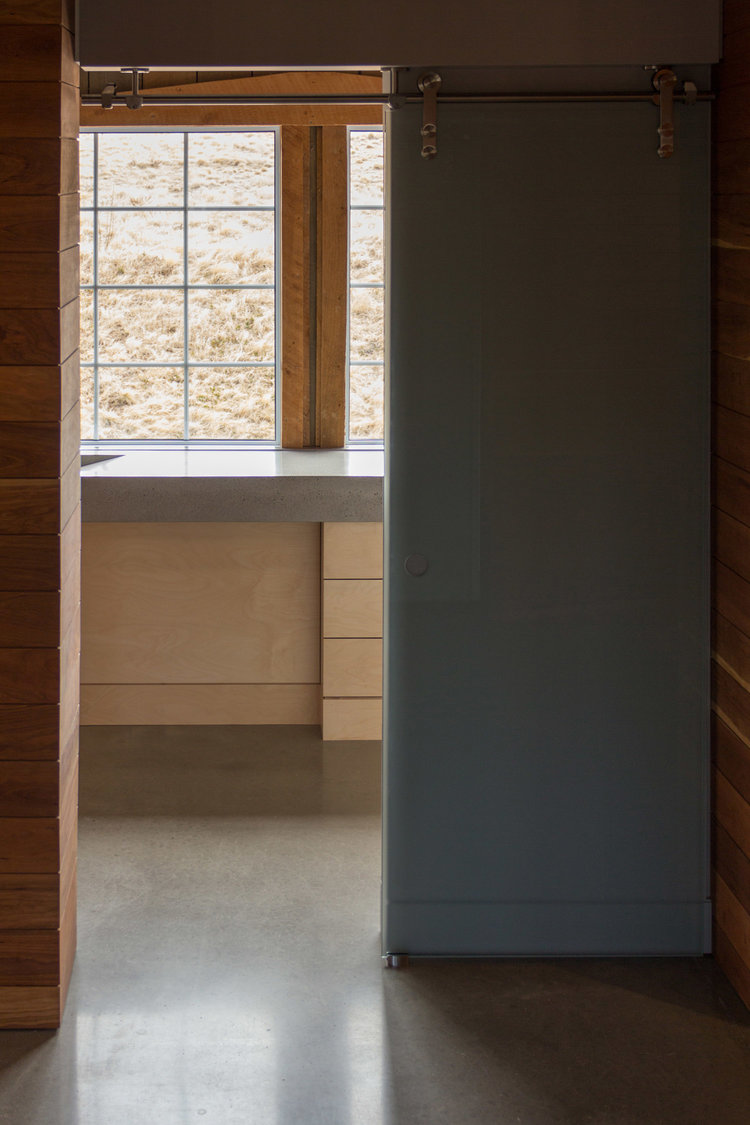houdinidesign_ARCHITECTS_Ritchie-Gidney_Residence_Sandy-Cove_Digby_Acadian+Timber_Frame_Modern_Renovation_Kitchen_Washroom_Entrance_01.jpg