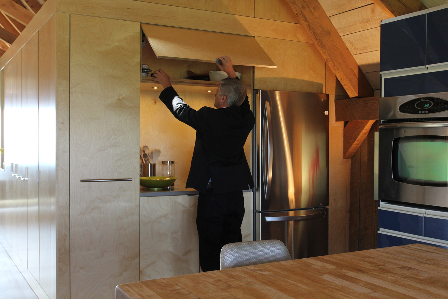 houdinidesign_ARCHITECTS_Ritchie-Gidney_Residence_Sandy-Cove_Digby_Acadian+Timber_Frame_Modern_Renovation_Kitchen_Nook_04.jpg