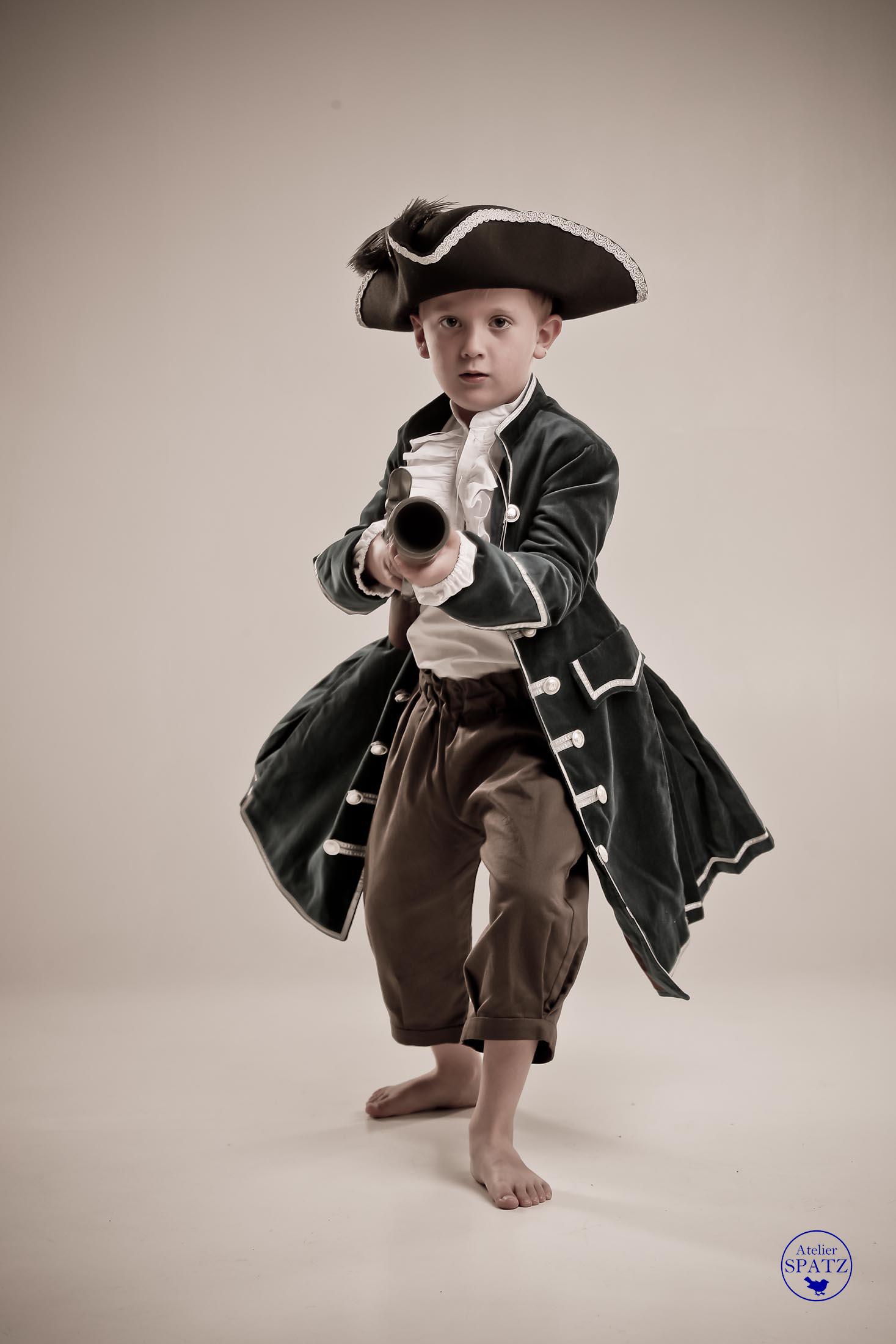 Atelier Spatz Pirate Coat-4.jpg