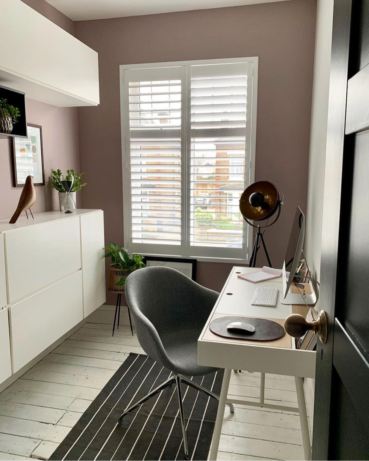 Example of full height shutters with mid rail from  @design_at_nineteen