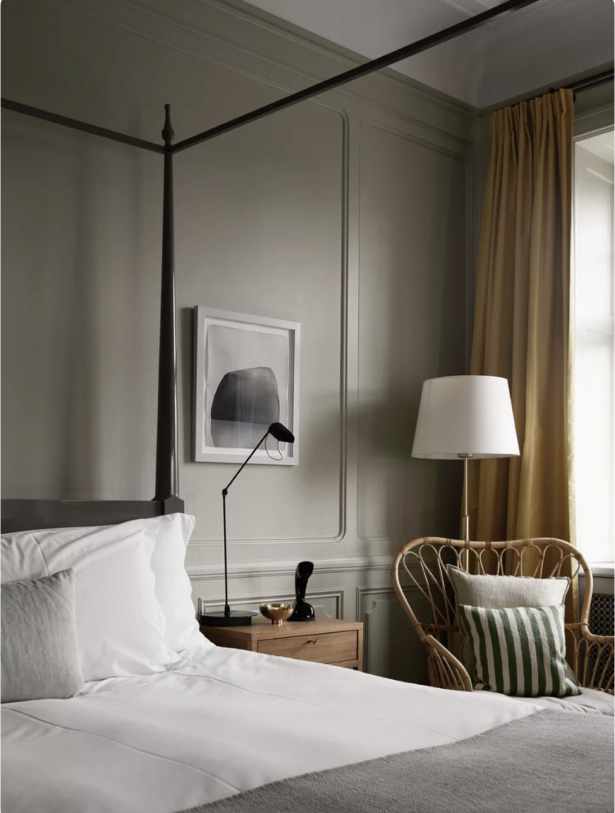 A dreamy suite at  Ett Hem Stockholm  is the whole vibe I want to nail; calm, cosy and stylish.
