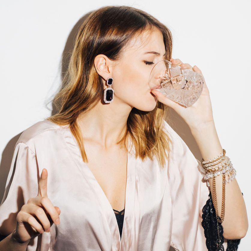 COSMOPOLITAN - Does Alcohol Affect Your Skin? I Gave Up Wine for 2 Weeks to Find Out