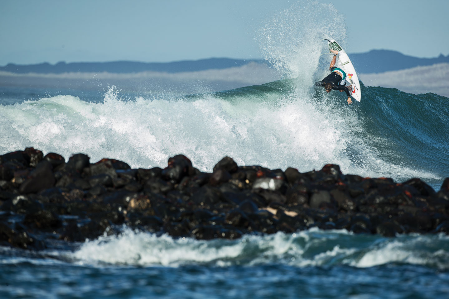 DILLON_SMITH_SURFING_GALAPAGOS_©WELSH2190.jpg