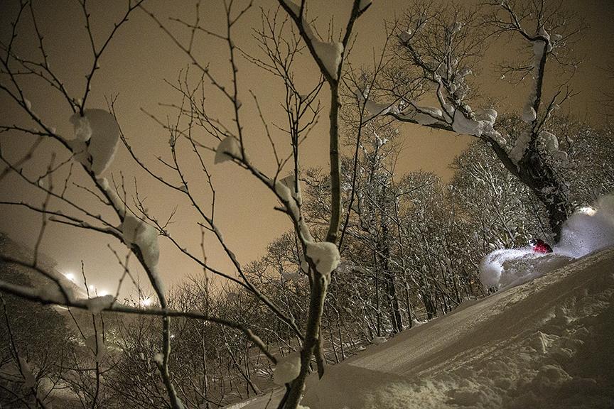 14_JAPAN_SNOWBOADERMAG_©WELSH014.JPG
