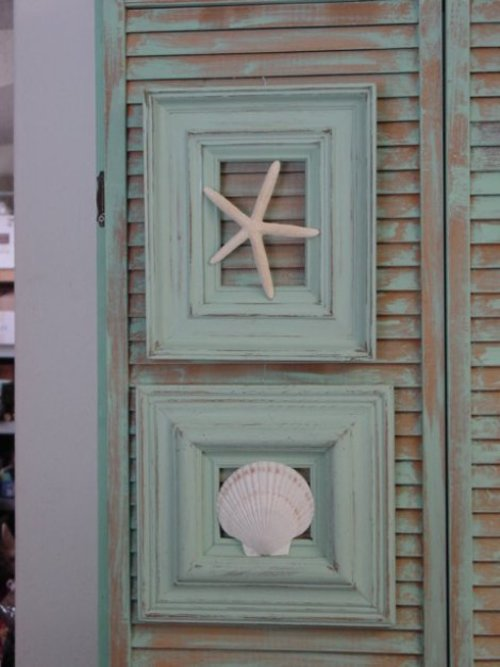 Cottage Framed Seashells