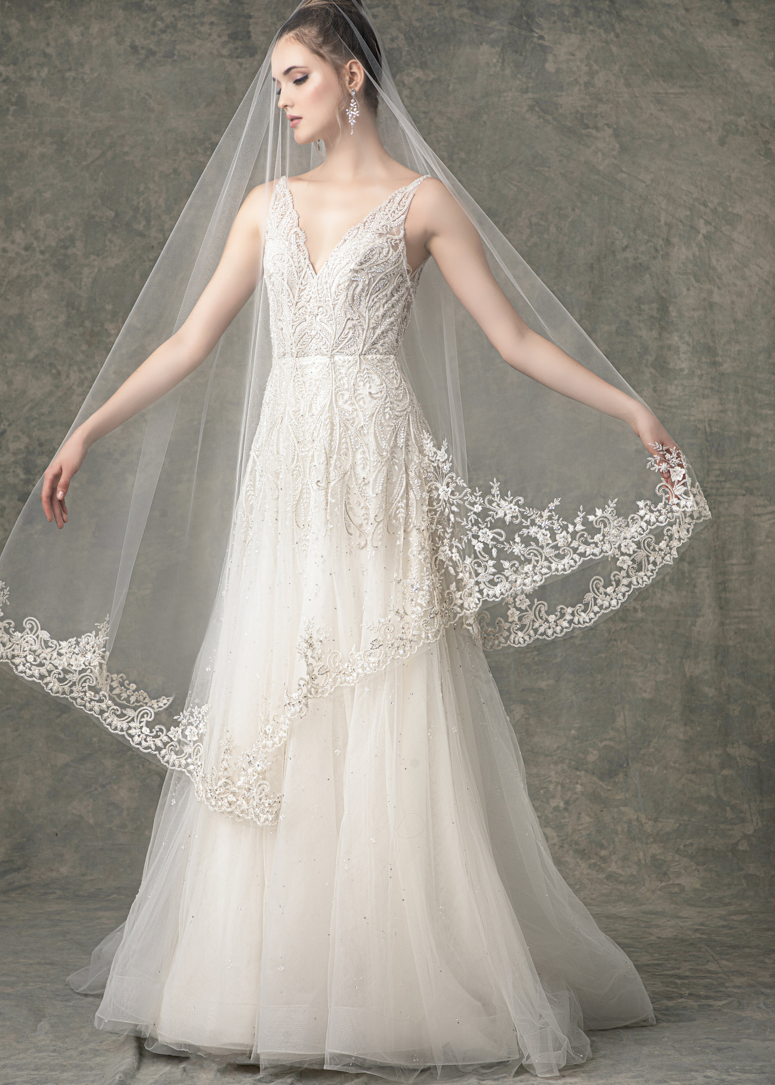 "WITH MATCHING VEIL STYLE BV1918 FROM "" BLOSSOM VEILS """