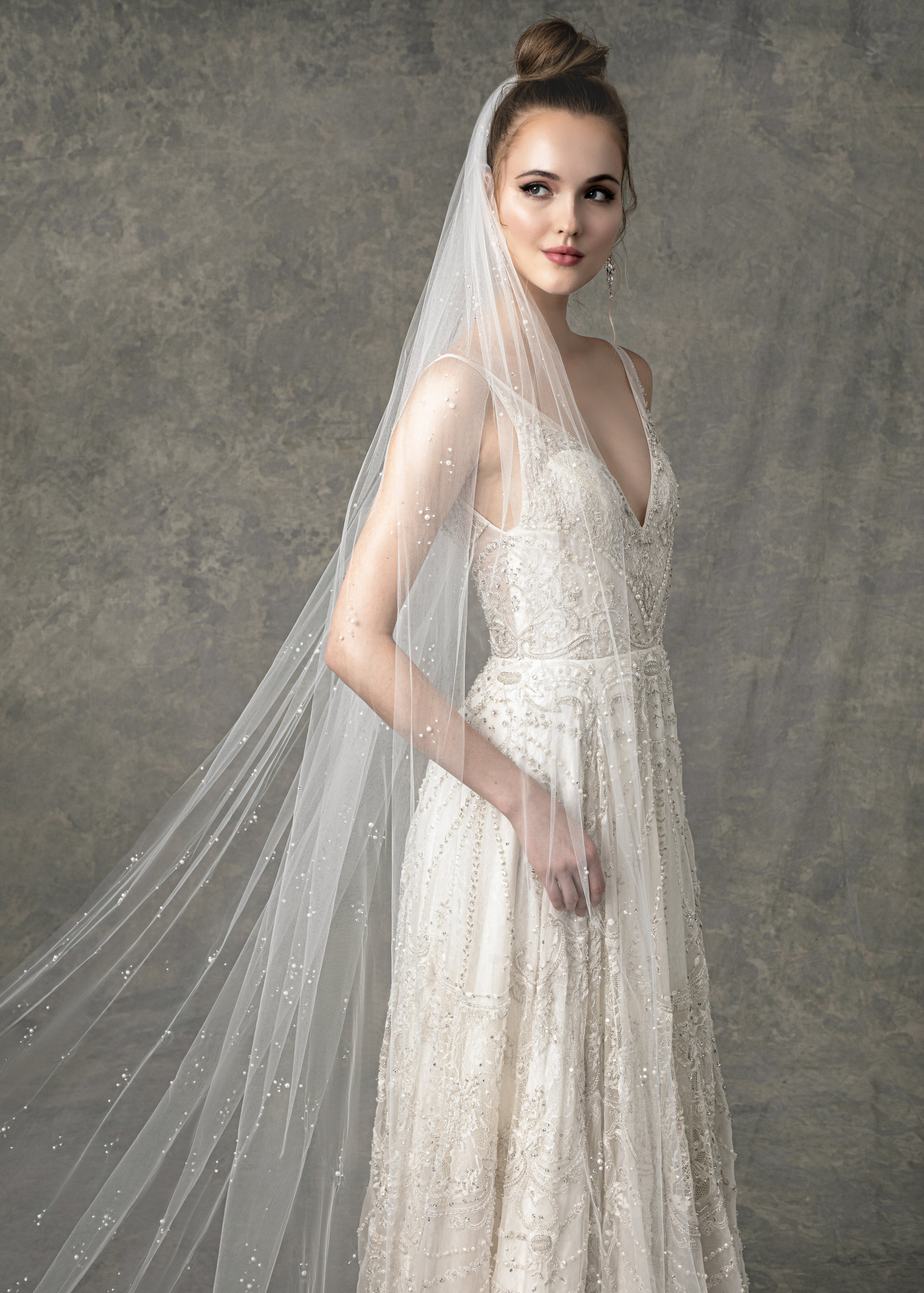 "WITH MATCHING VEIL STYLE BV1926 FROM "" BLOSSOM VEILS """