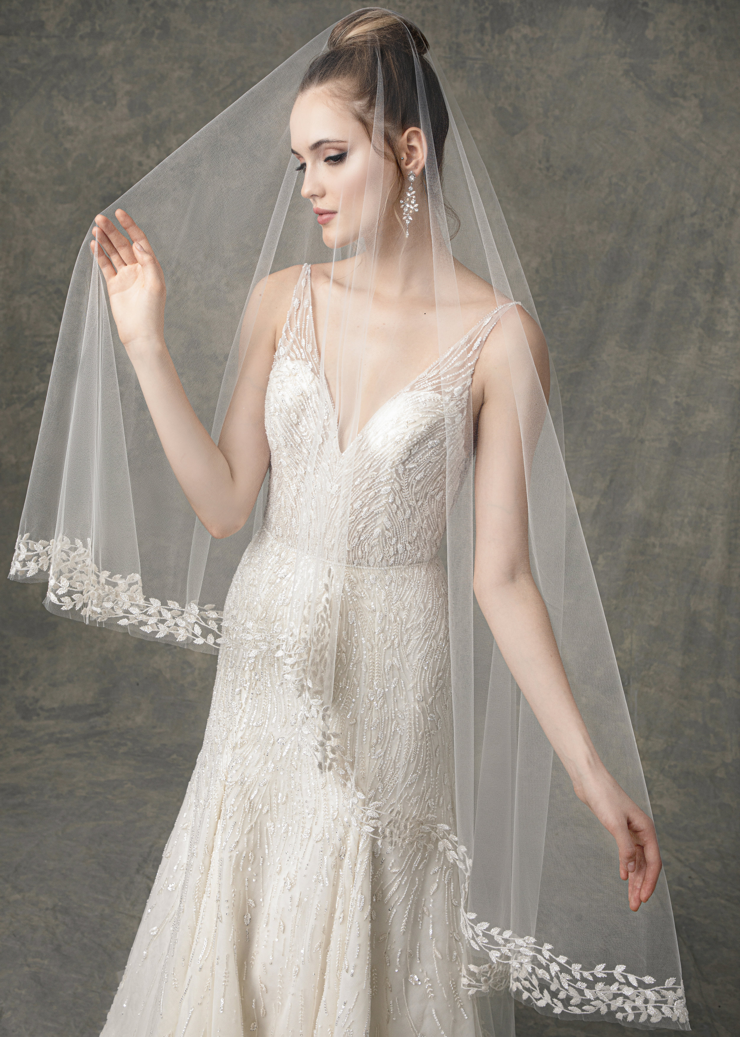 """WITH MATCHING VEIL STYLE BV1917 FROM """" BLOSSOM VEILS """""""