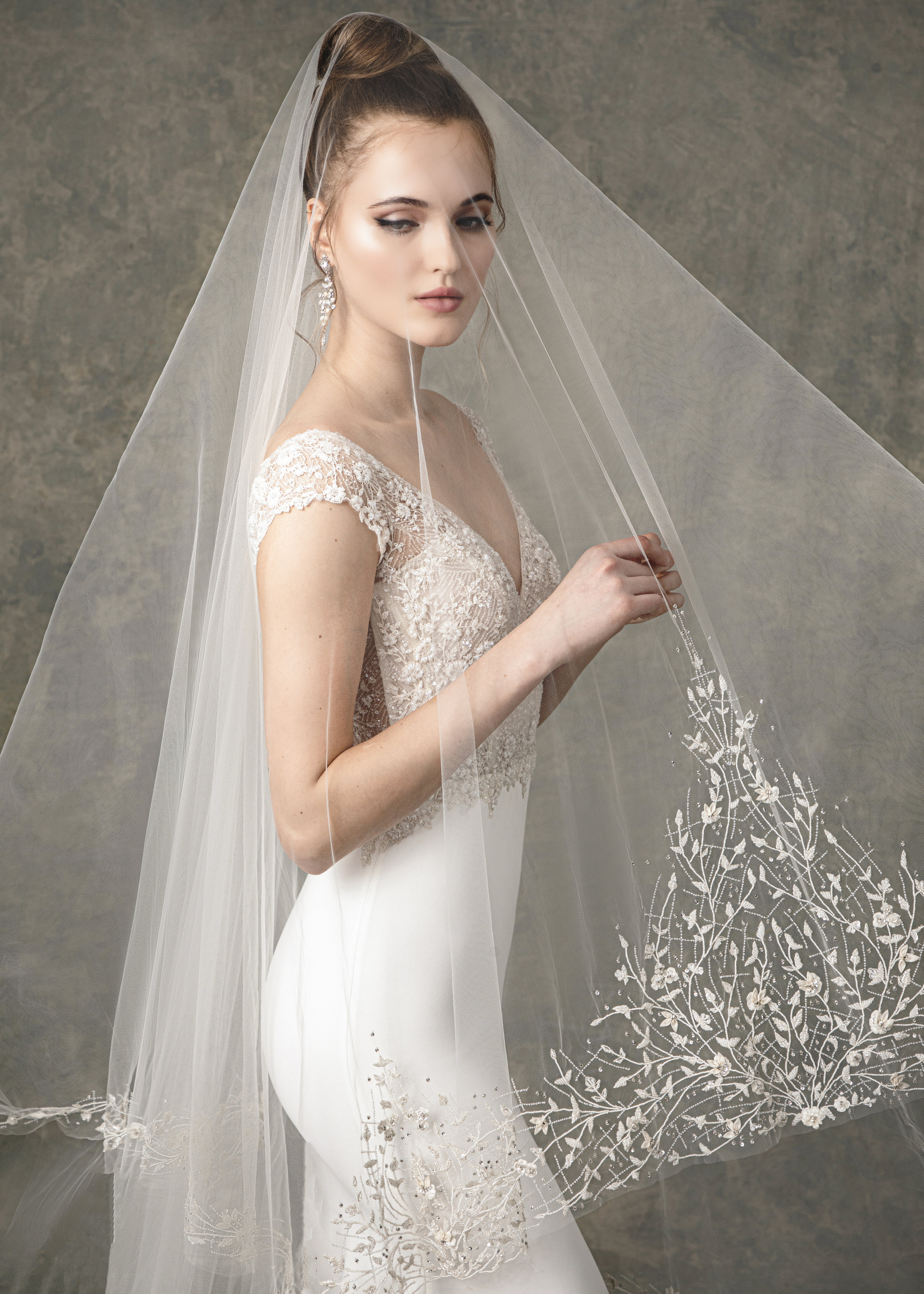 """WITH MATCHING VEIL STYLE BV1901 FROM """" BLOSSOM VEILS """""""