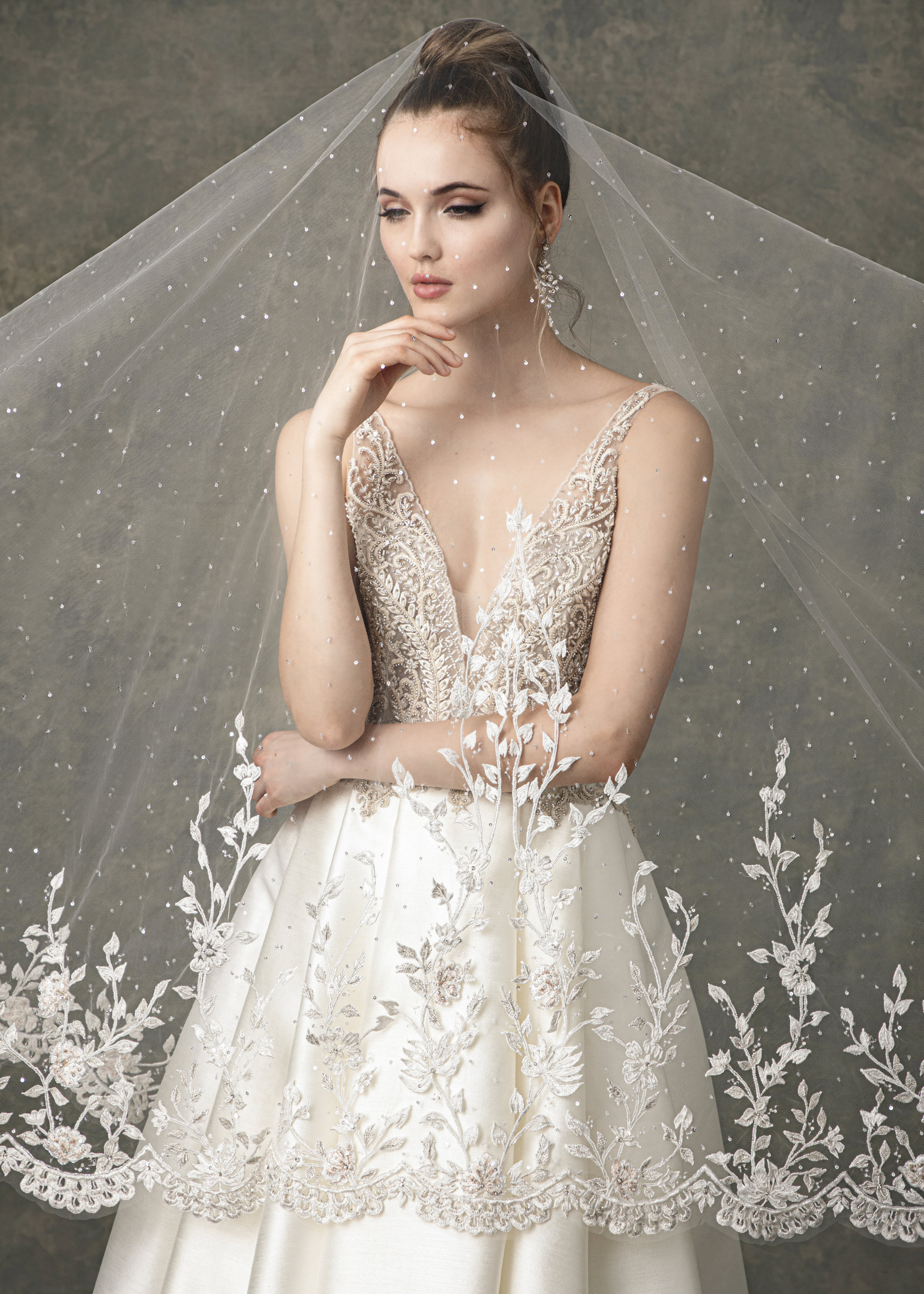 """WITH MATCHING VEIL STYLE BV1923 FROM """" BLOSSOM VEILS """""""