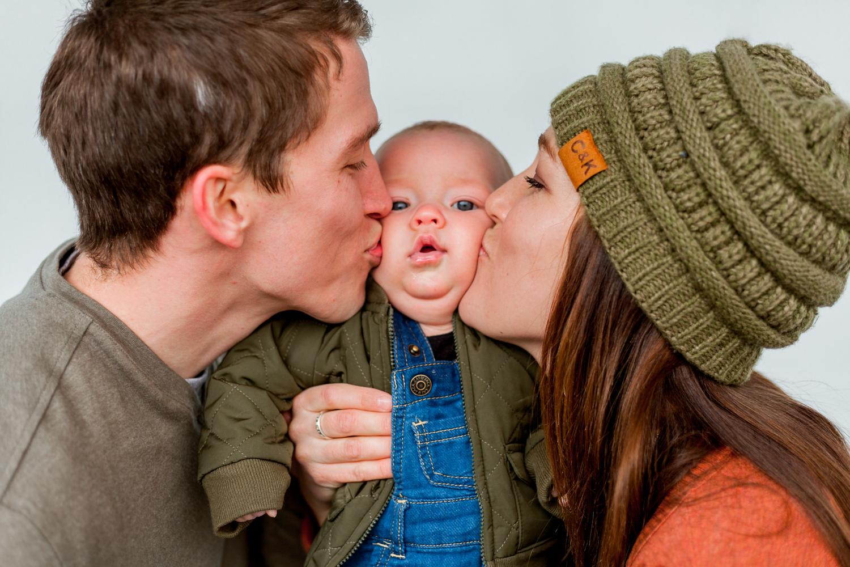 Howell Family-3.jpg