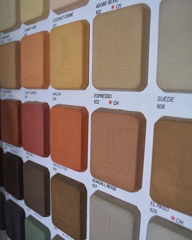 Diferentes colores y diseños para el cambio que tanto deseas. ⚒ 📩 Visita: www.propisan.mx ☎️ Llámanos: (624) 172 8808  #PropisanDeco #LosCabos