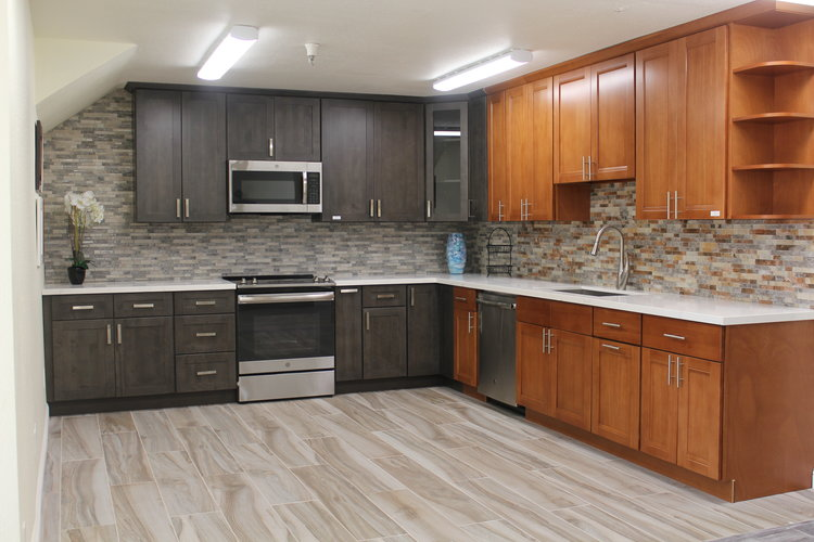P Y Kitchen Cabinets And Stones