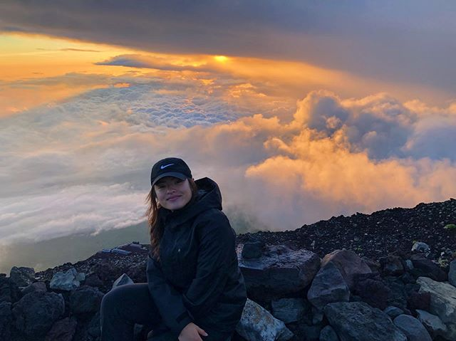 at approximately 3 AM this morning, I hiked to the top of Mt. Fuji-san!! 3,776 meters got nothing on ME!!! 😤😤🙌🏼🗻 - #mtfuji #japan #highestpeakinjapan #btchyeah #northfacesponserme