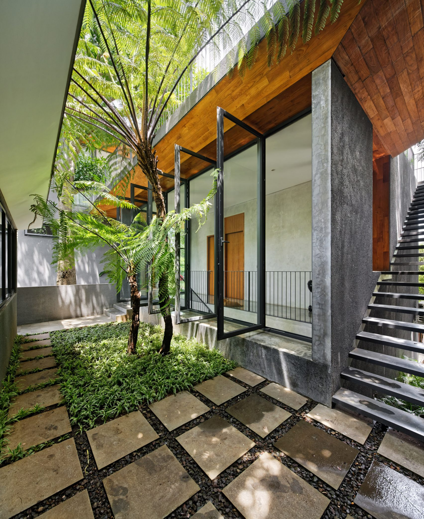 house-inside-outside-tamara-wibowo-architecture-residential-indonesia_dezeen_2364_col_12-1704x2086.jpg