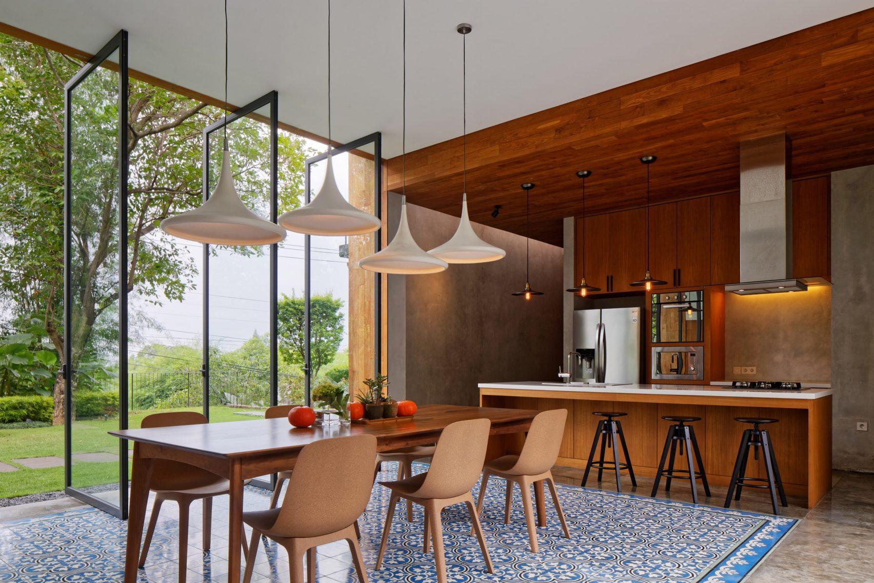 house-inside-outside-tamara-wibowo-architecture-residential-indonesia_dezeen_2364_col_21-1704x1137.jpg