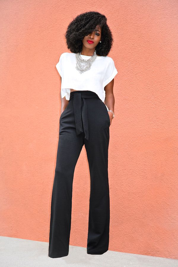 High-Waist Heaven - Coordinating high waist pants or trousers is the hippest trend on the block! Making your legs look longer, waist slimmer whilst also being incredibly comfortable allowing for movement with ease you can pair neutral toned bottoms with a white tucked in shirt and add on a matching blazer for business meetings!