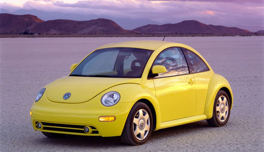 the-quintessential-cool-car-of-the-early-2000s-the-vw-beetle_sjrc.910.jpg