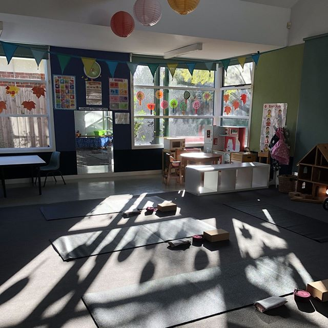 What a beautiful way to start the day.⠀ Yoga for mothers, tuesdays at Bowen street community centre.⠀ Mums and toddlers 9:30am⠀ Mums and babies 11am⠀ All levels welcome. First session free.⠀ Bookings at havenyoga.com.au