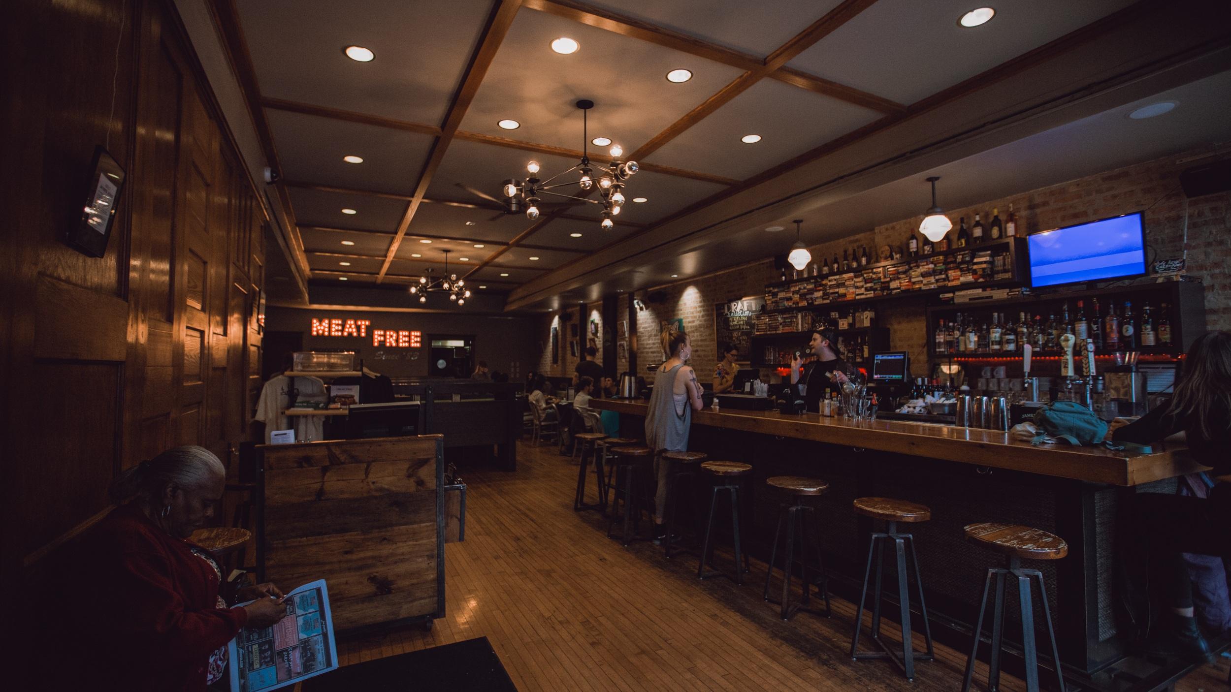 vegan+diner+chicago%2C+Chicago+Restaurant%2C+the+chicago+diner%2C+meat+free+since+%2783%2C+french+fries+in+chicago%2C+putine+fries+in+chicago%2C+vegan+food+in+chicago-www.rachelsmak.com9.jpg