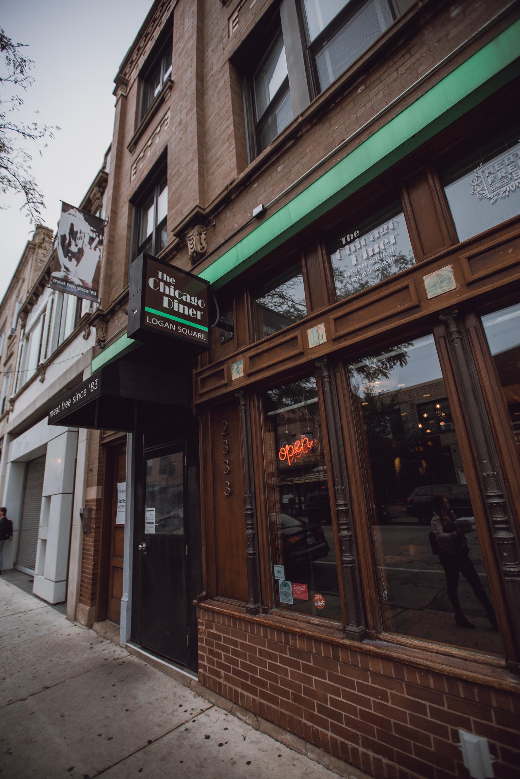 vegan diner chicago, Chicago Restaurant, the chicago diner, meat free since '83, french fries in chicago, putine fries in chicago, vegan food in chicago-www.rachelsmak.com10.jpg