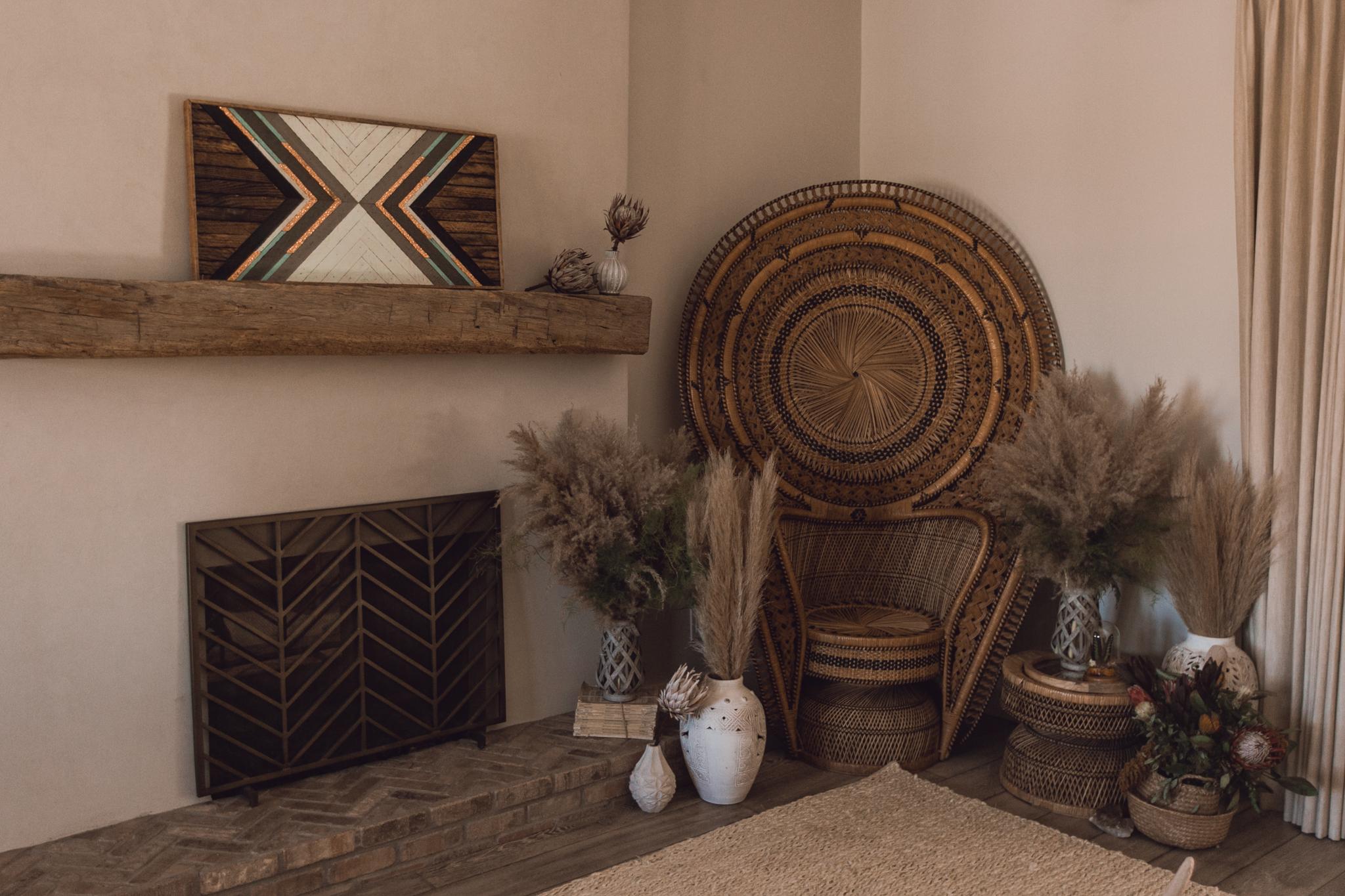 the-botanical-studios-ravel-hill-peacock-chair