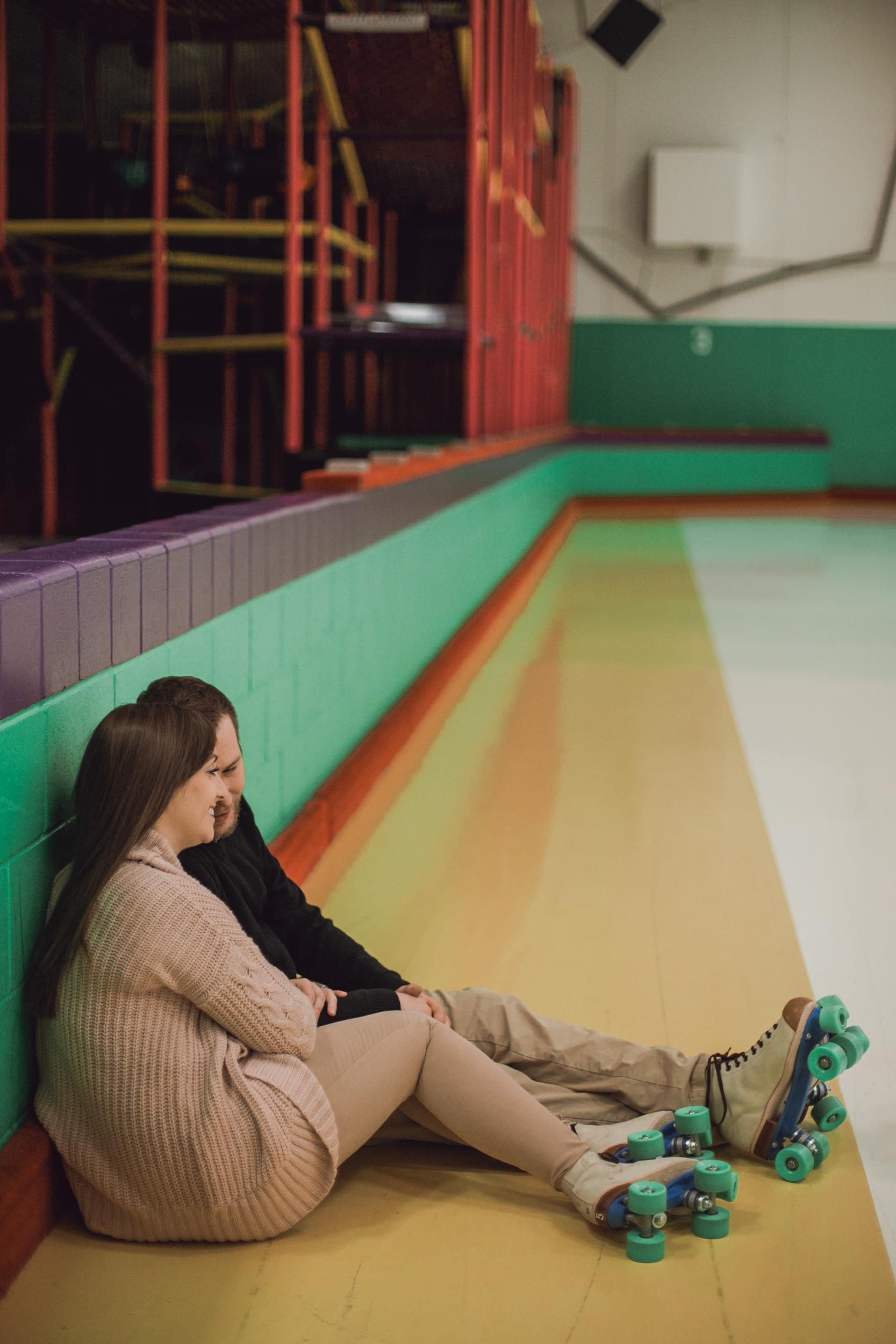 roller rink engagement session, wooddale fun zone engagement session, roller skate engagement session, minneapolis cafe lucrat engagment session, cafe lucrat engagement session, minneapolis minnesota engagement session-www.rachelsmak.com7.jpg