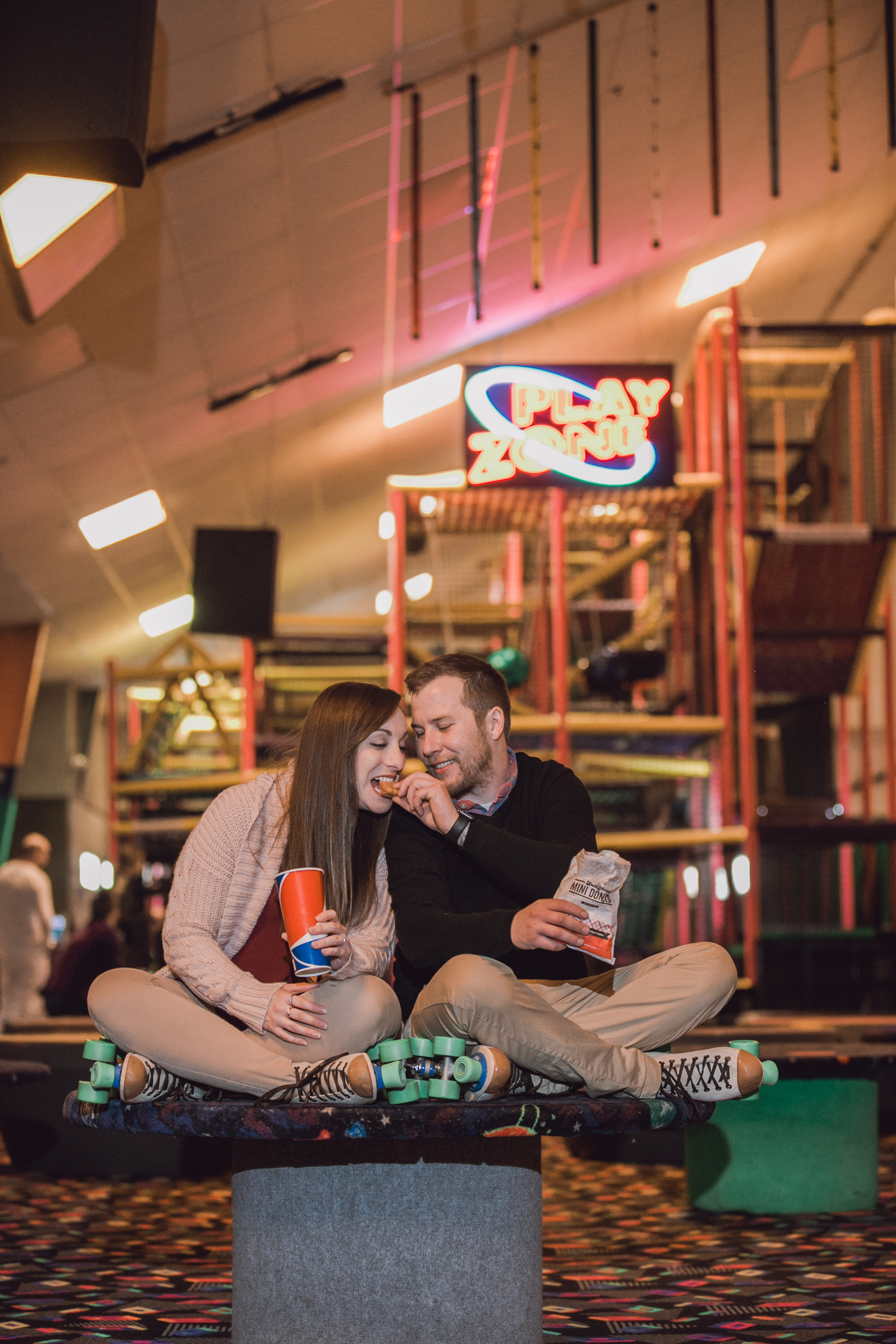 roller rink engagement session, wooddale fun zone engagement session, roller skate engagement session, minneapolis cafe lucrat engagment session, cafe lucrat engagement session, minneapolis minnesota engagement session-www.rachelsmak.com21.jpg
