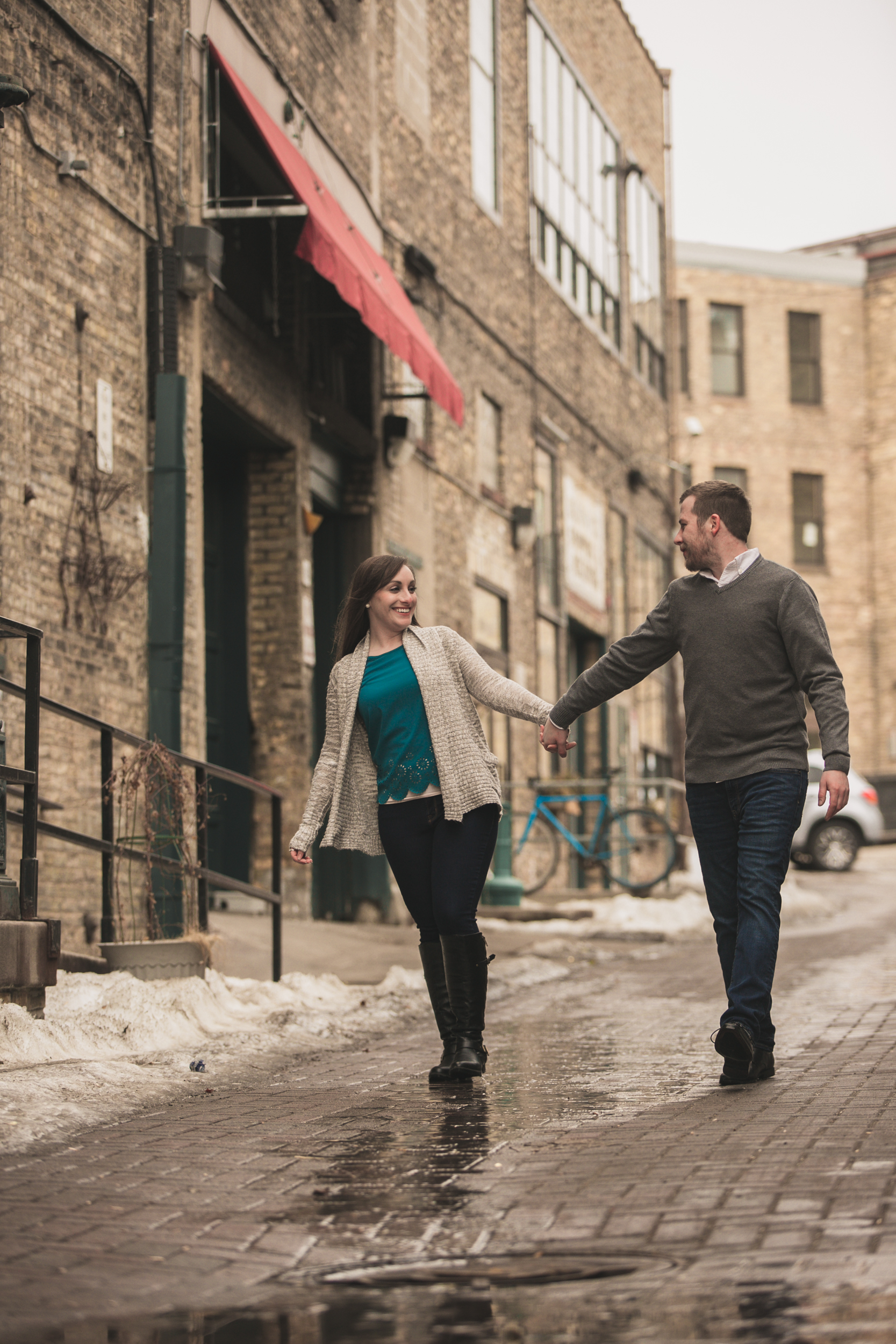 roller rink engagement session, wooddale fun zone engagement session, roller skate engagement session, minneapolis cafe lucrat engagment session, cafe lucrat engagement session, minneapolis minnesota engagement session-www.rachelsmak.com33.jpg