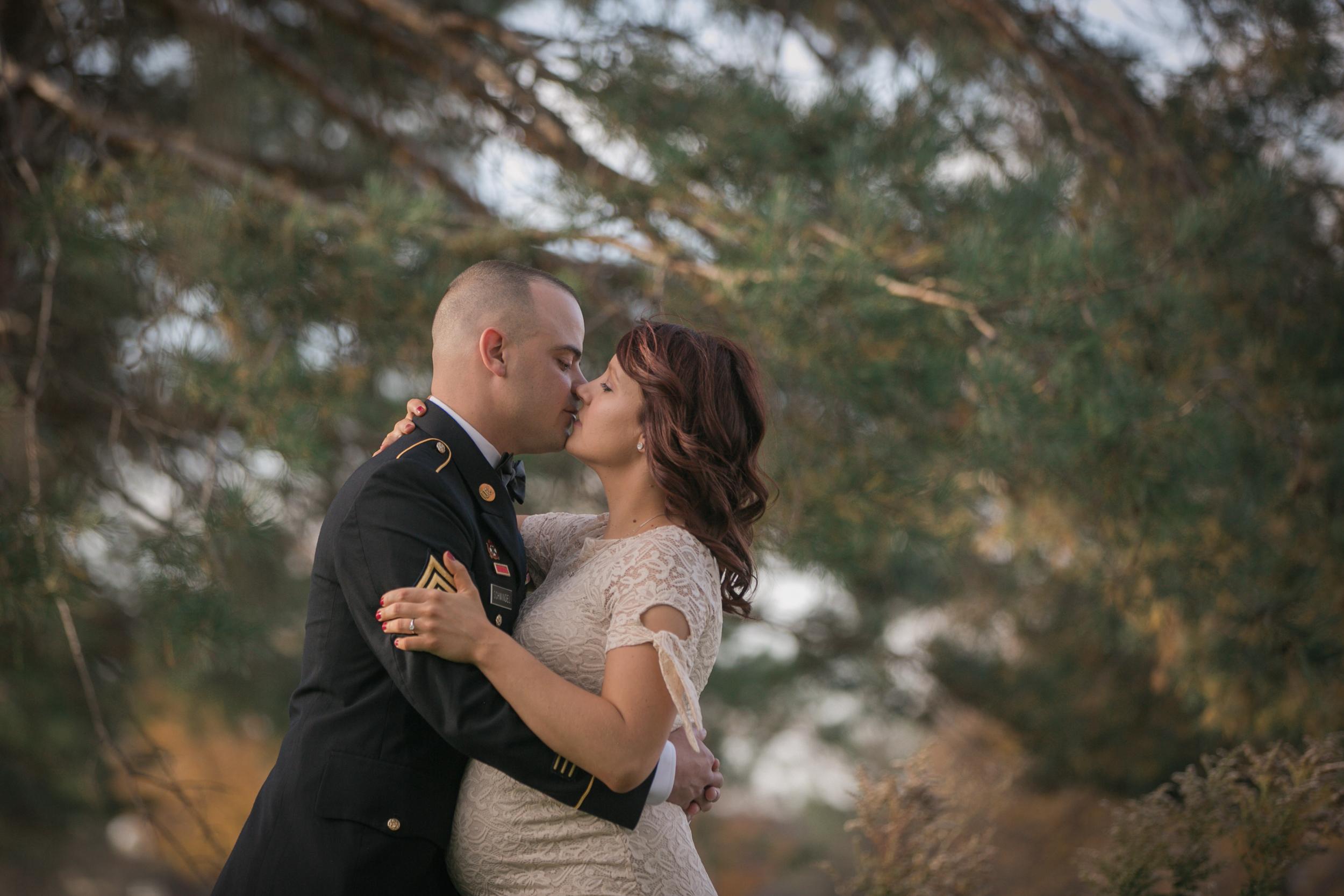Fort Snelling Elopement St. Paul, MN, Fort Snelling Elopement, Military Elopement, Intimate Military Wedding, intimate elopement wedding-www.rachelsmak.com15.jpg