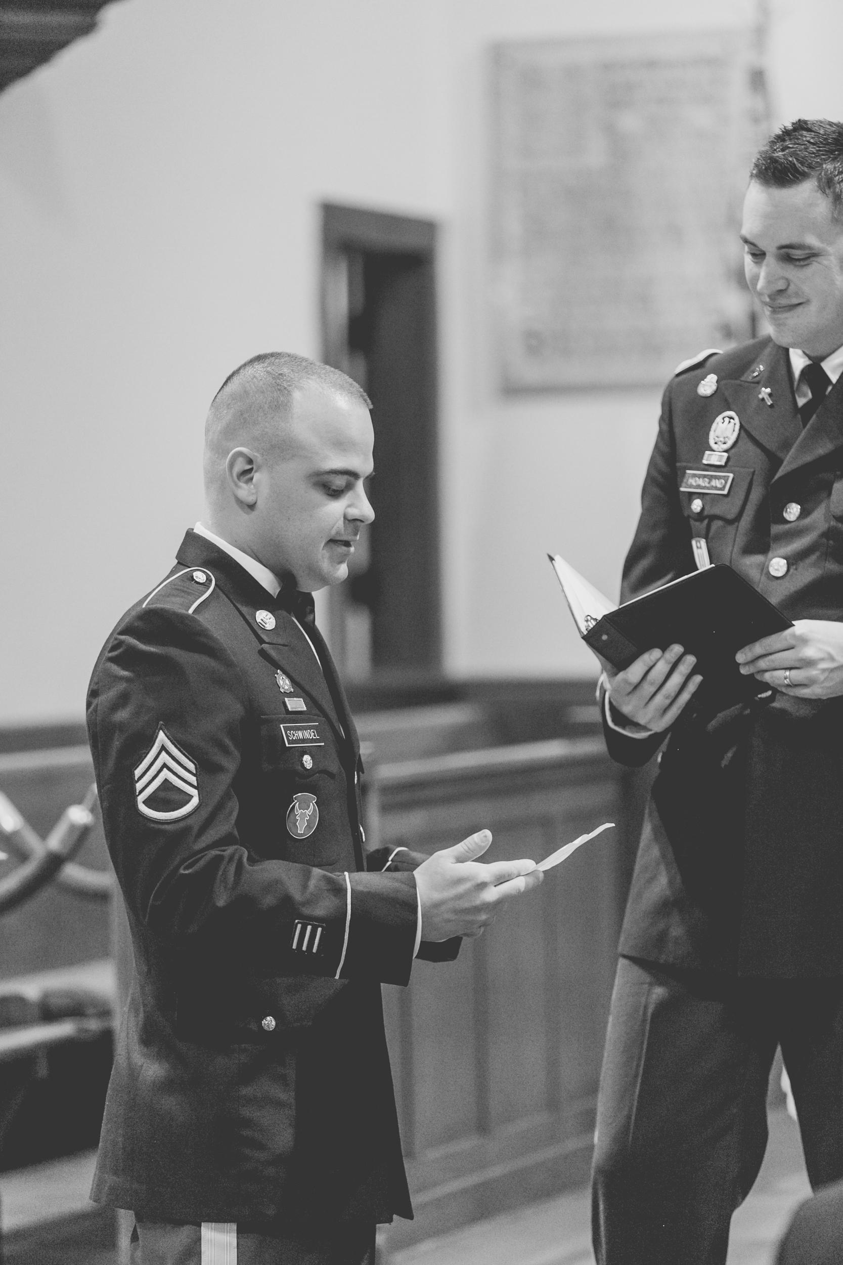 Fort Snelling Elopement St. Paul, MN, Fort Snelling Elopement, Military Elopement, Intimate Military Wedding, intimate elopement wedding-www.rachelsmak.com30.jpg