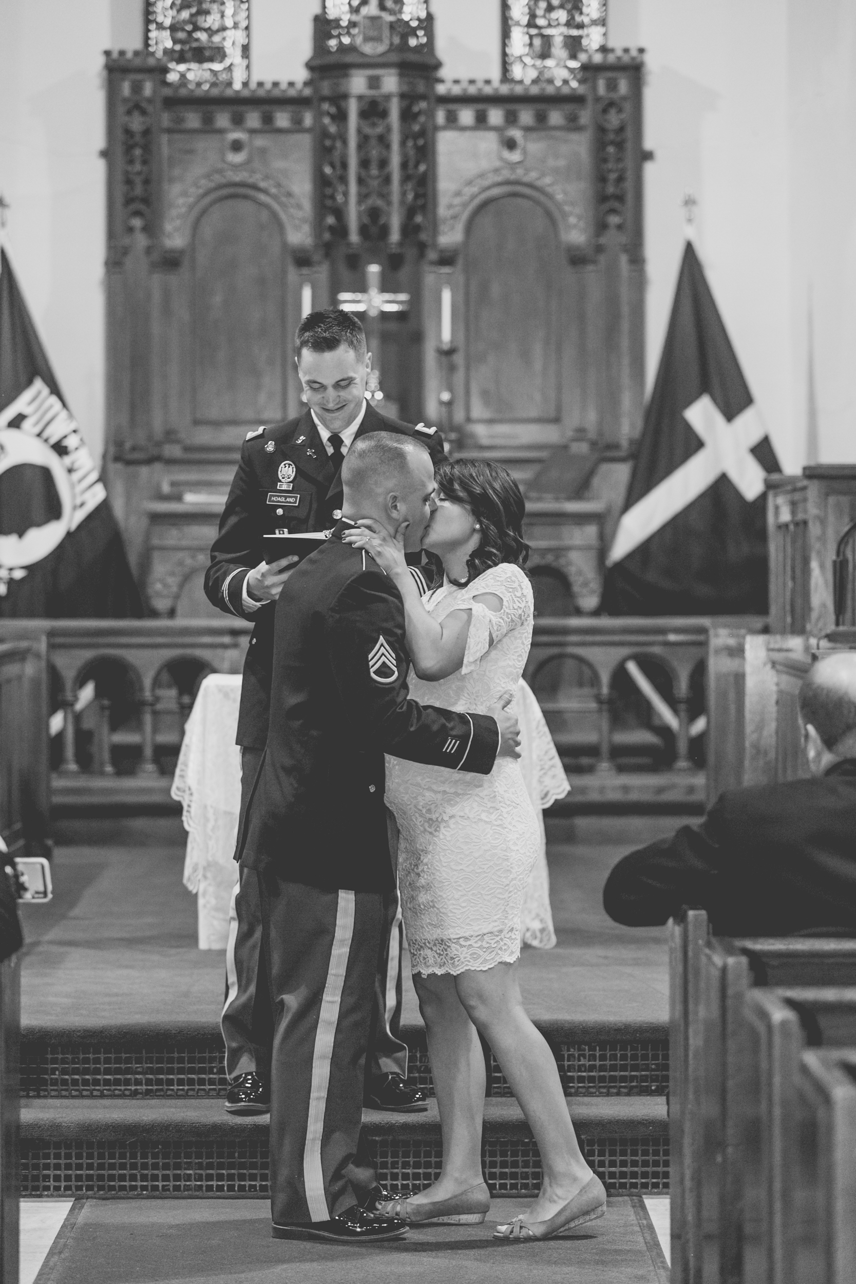 Fort Snelling Elopement St. Paul, MN, Fort Snelling Elopement, Military Elopement, Intimate Military Wedding, intimate elopement wedding-www.rachelsmak.com31.jpg