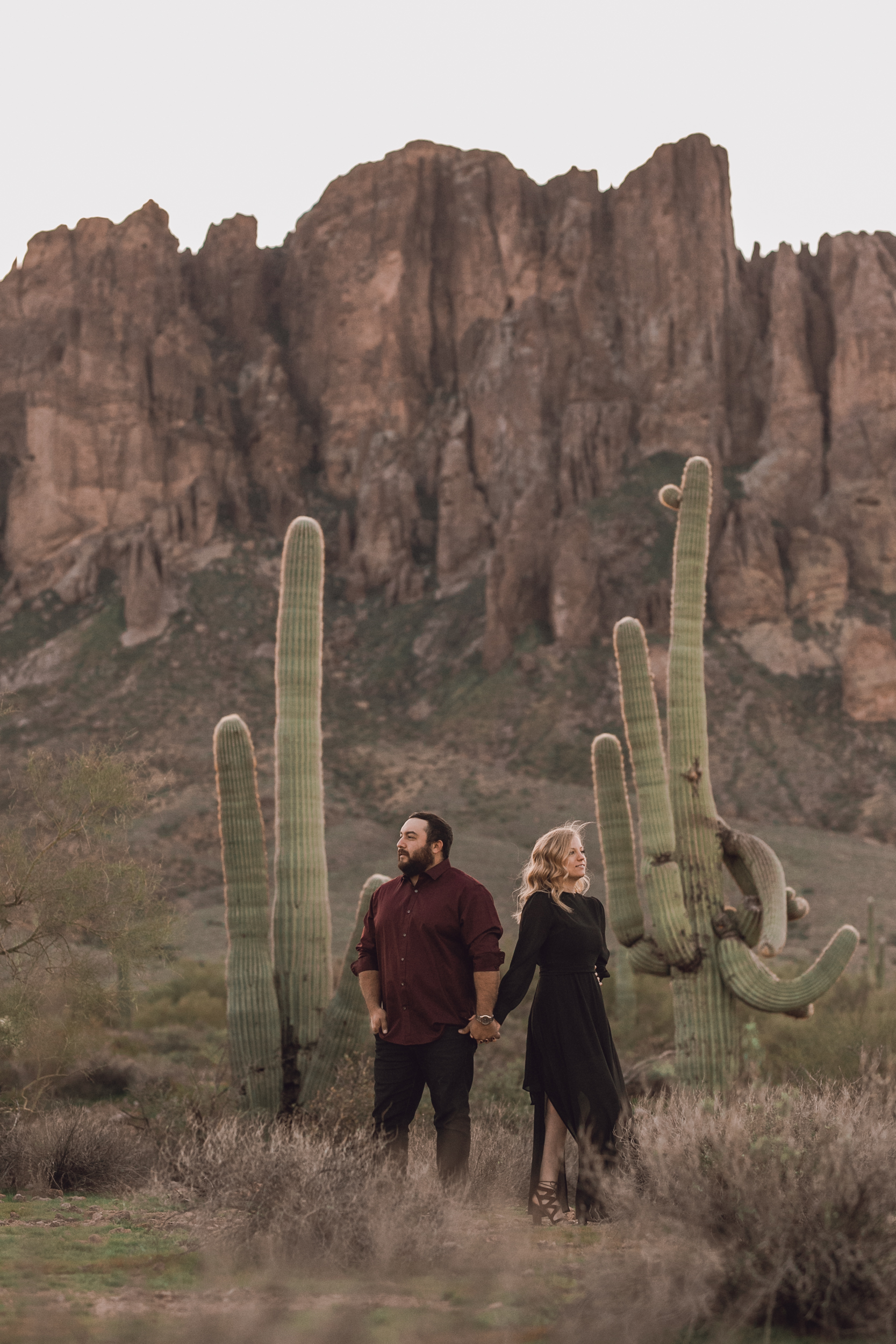 superstition mountain, superstition mountain engagement session, phoenix engagement session, arizona engagement photographer-5.jpg