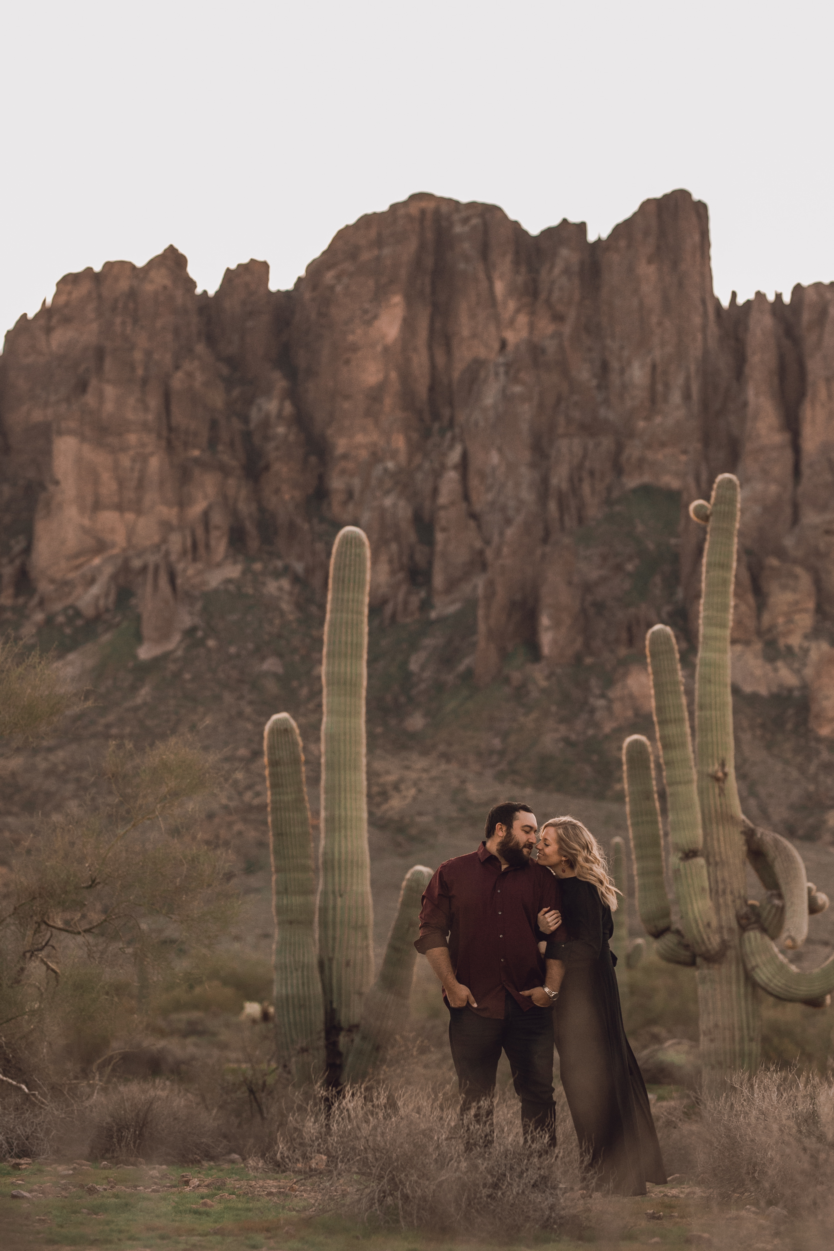 superstition mountain, superstition mountain engagement session, phoenix engagement session, arizona engagement photographer-4.jpg