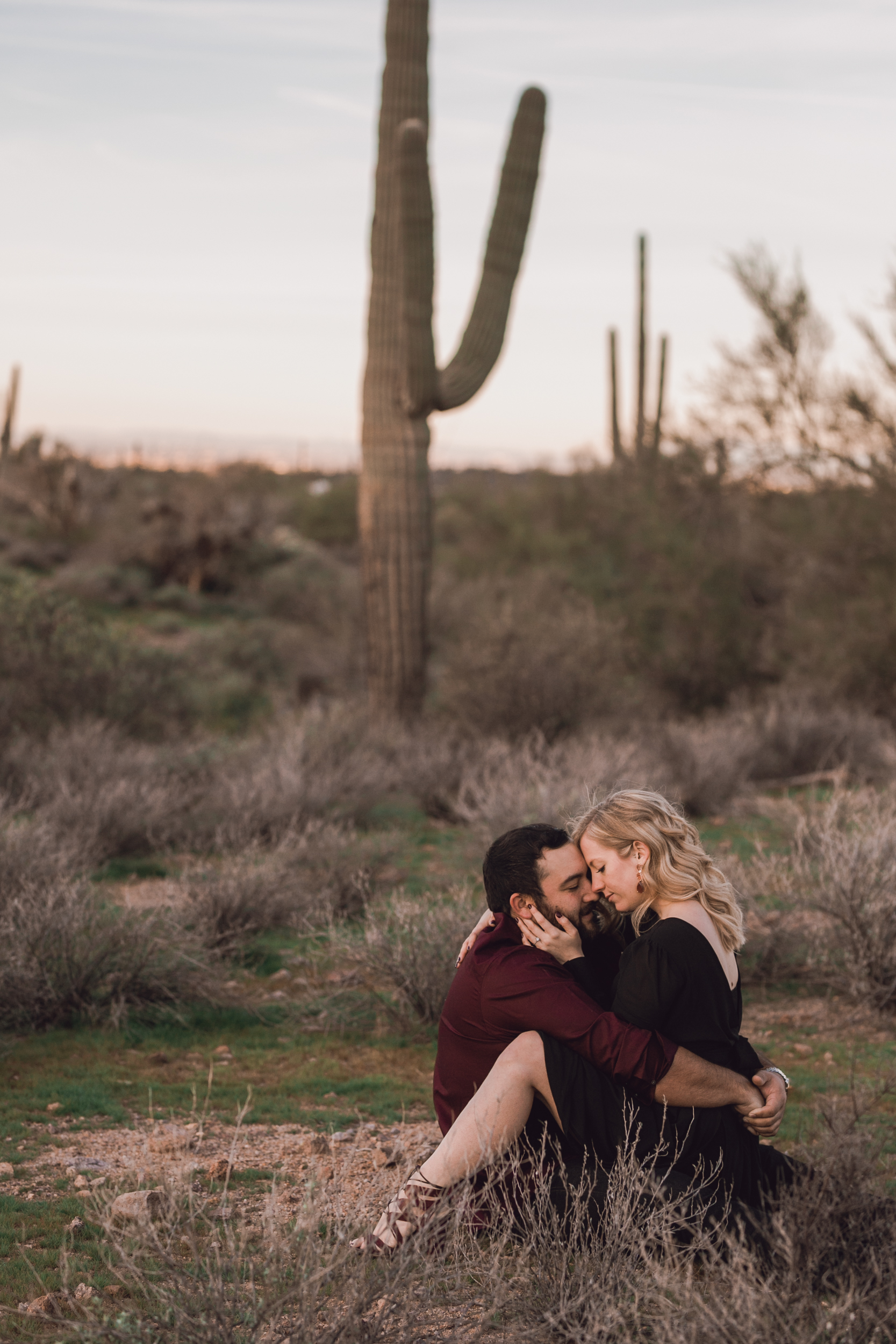 superstition mountain, superstition mountain engagement session, phoenix engagement session, arizona engagement photographer-7.jpg
