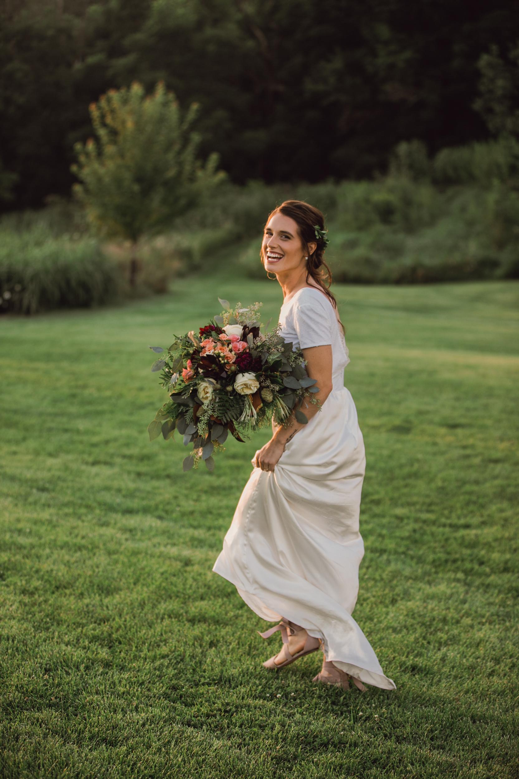 wedding-photography-dark-moody-rustic-details-6.jpg