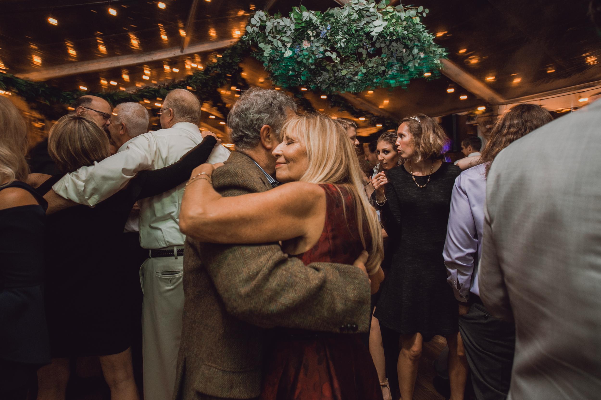 rustic-barn-wedding-dark-moody-minneapolis-6.jpg