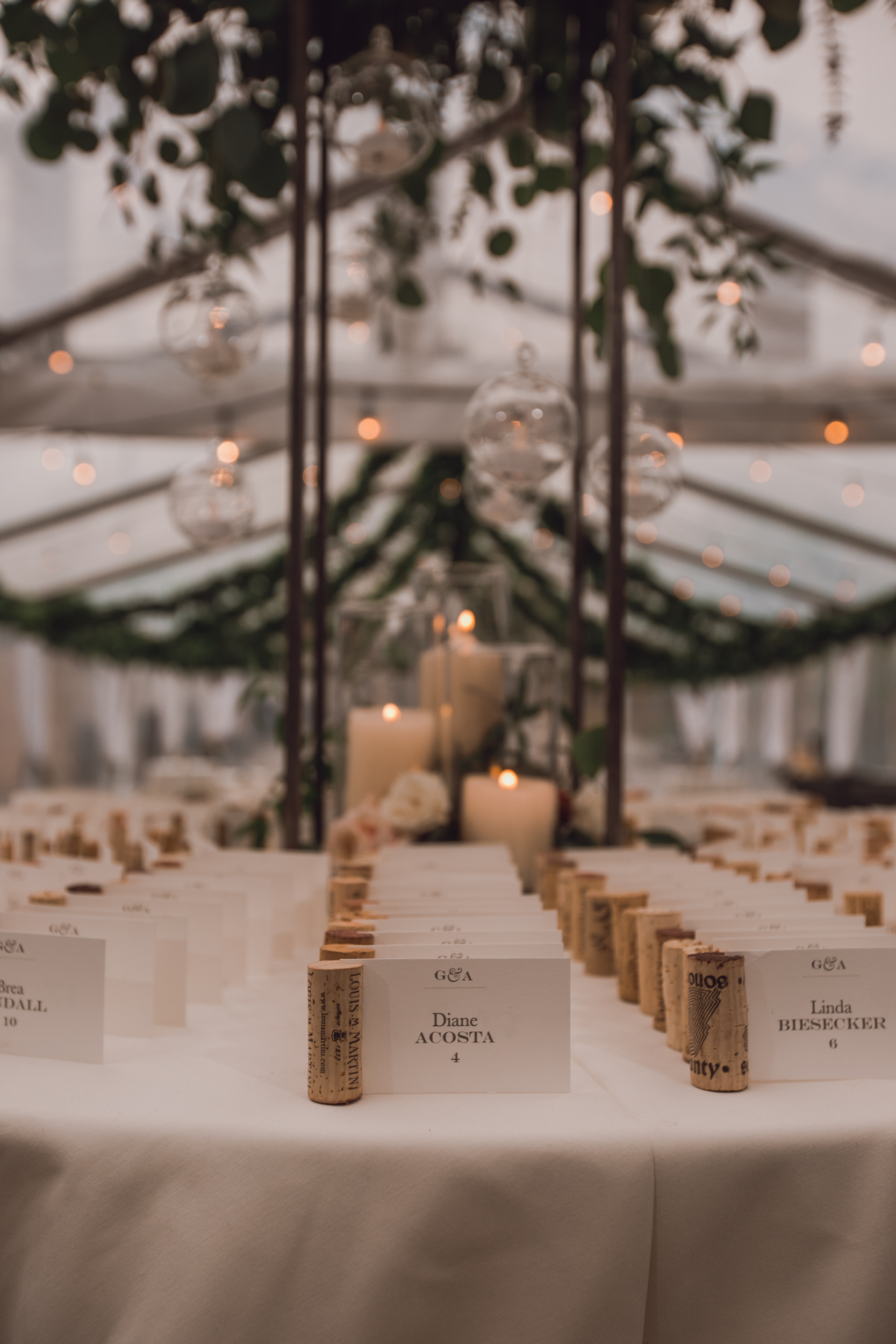 rustic-barn-wedding-dark-moody-minneapolis-4-2.jpg
