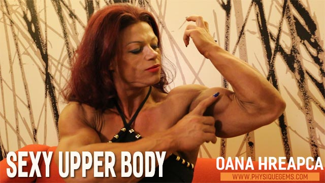 Sexy Upper Body - Fresh from her contest in November 2019, Oana poses contest shape perfect muscle. [6:43 minutes]
