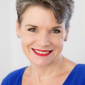 Brisbane colour image consultant Ann Whitaker Style