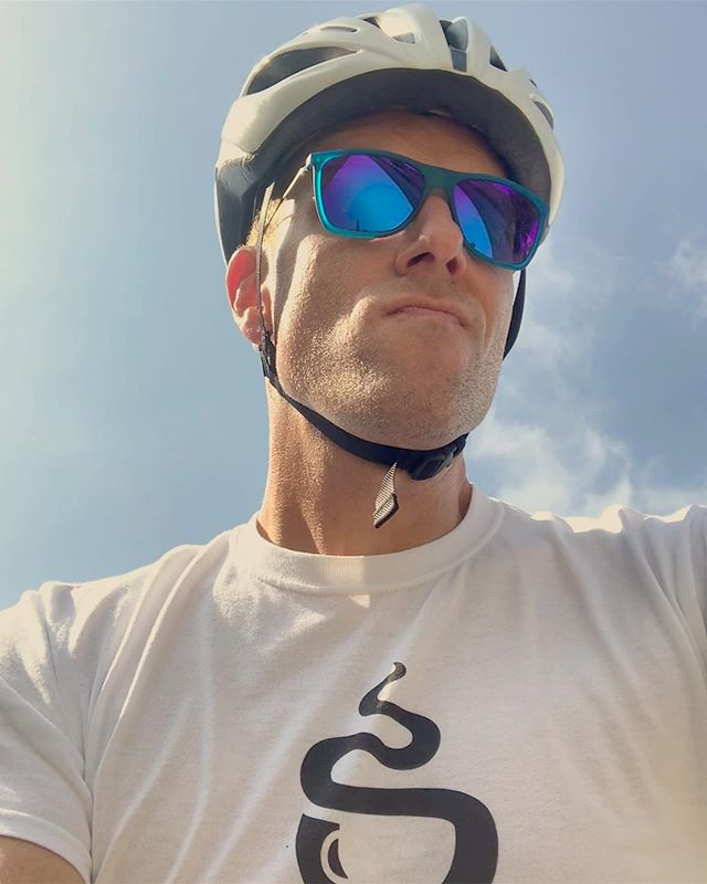 Getting the miles in before the heat gets unbearable... 🥵 • • #fitness #fitnessmotivation #running #runner #runnersofinstagram #rundayfunday #instarunner #gayrunner #cycle #cycling #cyclist #gayfit #gayman #gay #gayguys #gayathlete #gaycyclist #gayfitness #lgbtqrunners  #fitness #fitnessmotivation #swimbikerun #loveyourbodyandimproveitatthesametime #begoodtoyourbody #fitover40 #instagood • • @gregoryaharman @cbusmetroparks @thesciotomile @trekbicyclecolumbus @trekbikes @staufs_coffee