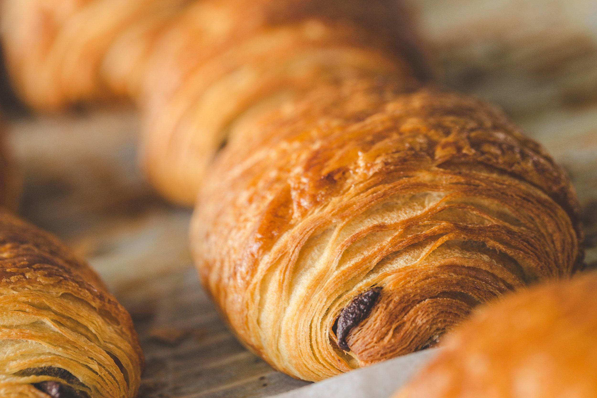 croissant-chocolate.jpg