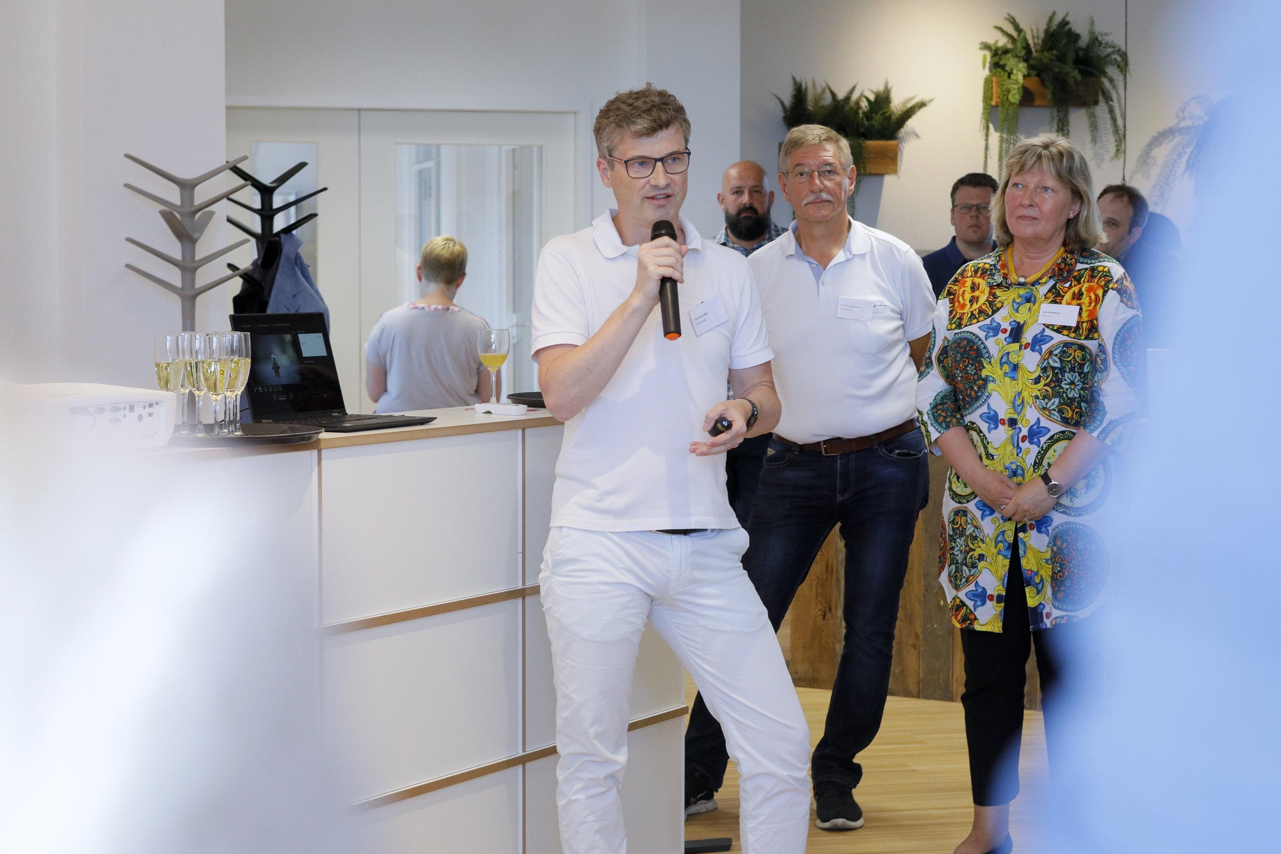 Axel Schüßler, IoT connctd