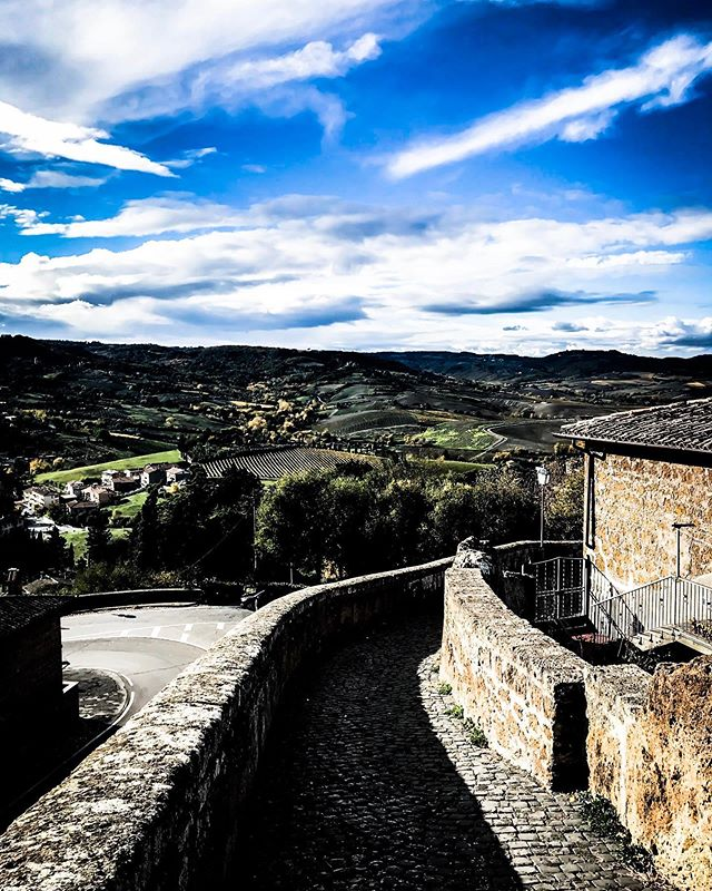 Write in Italy. There is still time. Join the small group of writers I take to Orvieto each fall. Join us November 3-8, 2019 on a journey to cultivate a daily writing practice. Details at justenahren.com.  #writersnetwork #ig.writers #writingtips  #writing.tips #writingcommunity #writersofig #poetrycommunity #igpoets #writinghelp #writersblock #writersofinsta #writingretreat #writingprompts #writinginspiration #writinglife #poetryislife #poetrylovers #writingislife #writenow #writeeveryday #enwritenment #justwrite #writersresource #thewritinglife #writingmotivation #never.stop.writing_ #writerscorner #writersociety #communityofwriters #writingworkshop