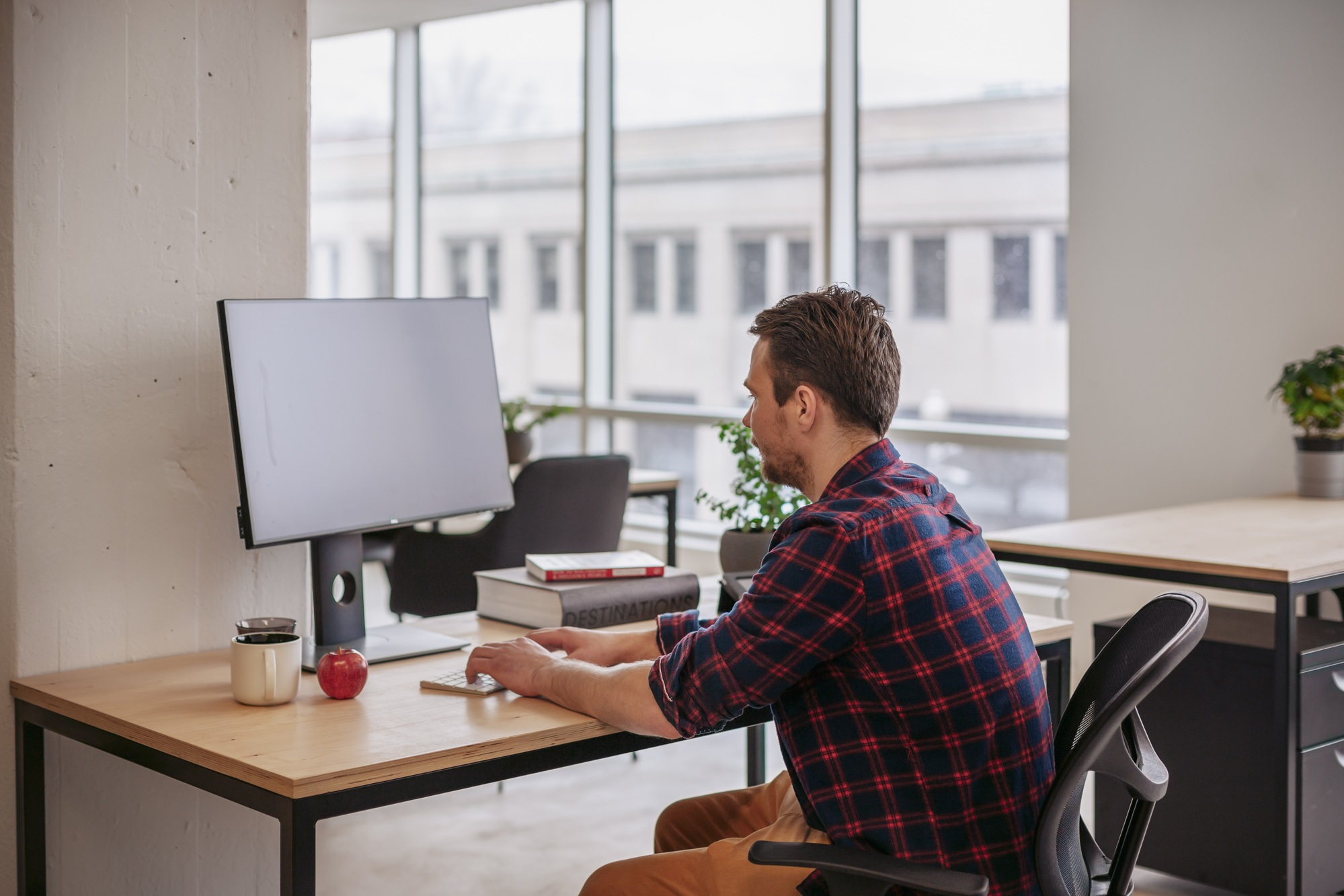 Assigned Desk - From $14/dayEnjoy and personalize your private space in a coworking environment, where you can leave your belongings. Learn more