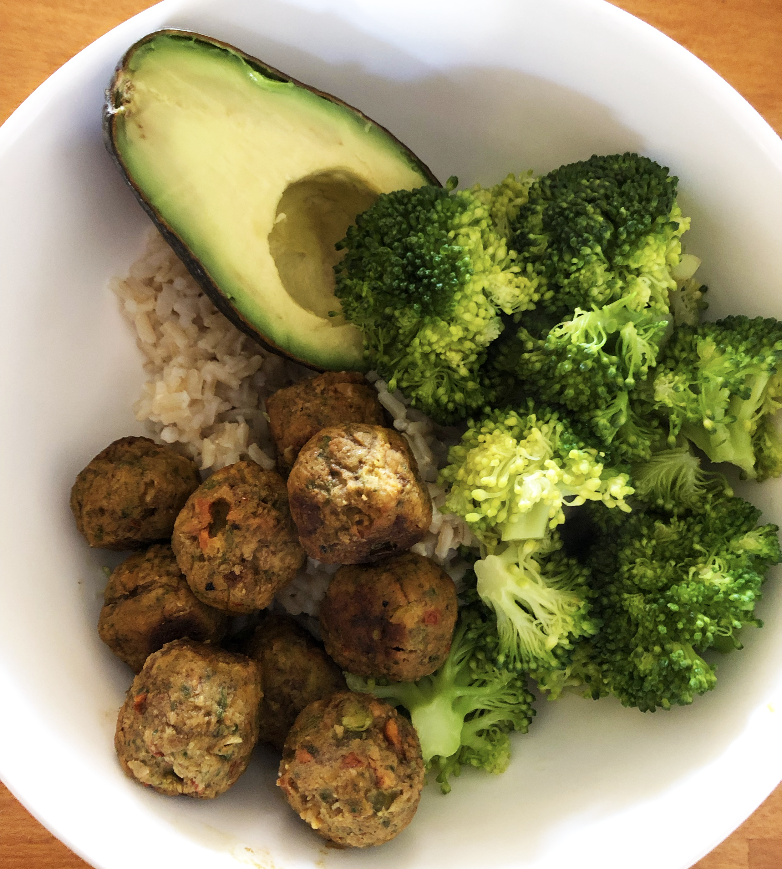 Lunch: Veggie balls, broccoli, avocado and brown rice - I LOVE VEGGIE BALLS. Do yourself a favour, go to IKEA and get yourself some of their veggie balls. They are amazing. Also, hej IKEA! If you would like to sponsor, I'd be down for a lifetime supply of veggie balls and a PAX wardrobe. My people will contact your people.