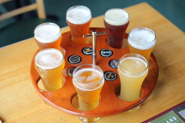 Beer Flight.  License.  Source: Alyson Hurt